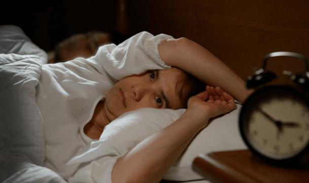 بی خوابی، احساس داشتن خواب ناکافی یا بیکیفیت است.