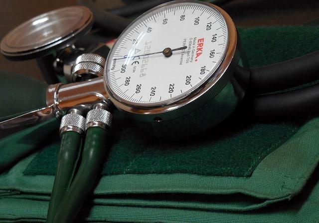 قرص ضد بارداری فشار خون را زیاد میکند.