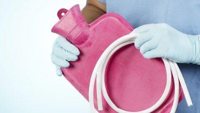 به تزریق مایع درون مقعد بهمنظور شستشوی کولون یا تحریک به تخلیهی روده درگیر یبوست انما میگویند.
