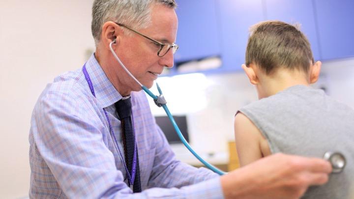 استئوسارکوم یا استئوژنیک سارکوم نوعی از سرطان استخوان است که عموما کودکان و نوجوانان را درگیر میکند
