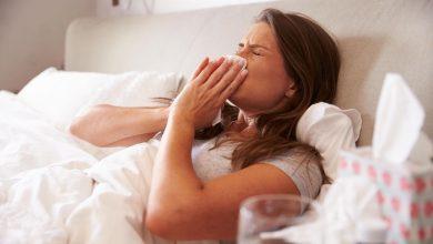 گرفتگی بینی، گلو درد و سردرد دارید، اینها علائم عفونت سرماخوردگی است یا آنفولانزا فصلی؟ علائم ممکن است با هم همپوشانی داشته باشند، بنابراین مگر با آزمایش سریع آنفلوانزا توسط پزشک اطمینان از آن دشوار است.