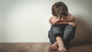 تصویر از کودک آزاری و بی توجهی به کودک چه پیامدهایی دارد؟